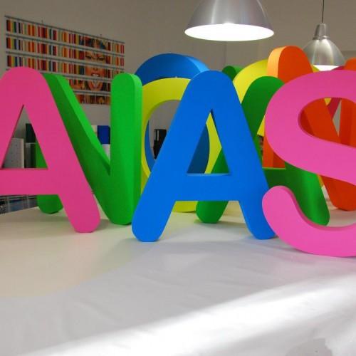 3D-Buchstaben252